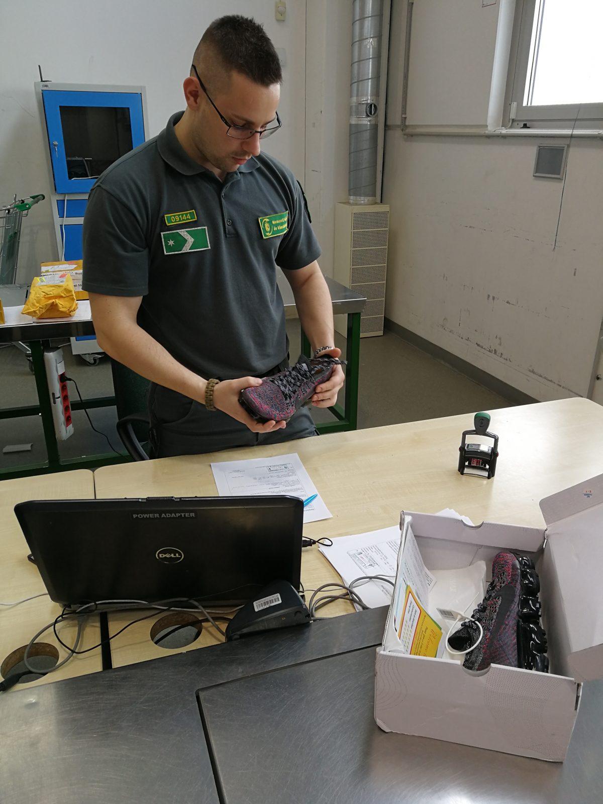 fba7aa1a72 A Magyar Postánál is létezik vámügynöki szolgáltatás. Ők hogyan  ellenőrizhetik a 22 euró alatti küldemények halmazát?