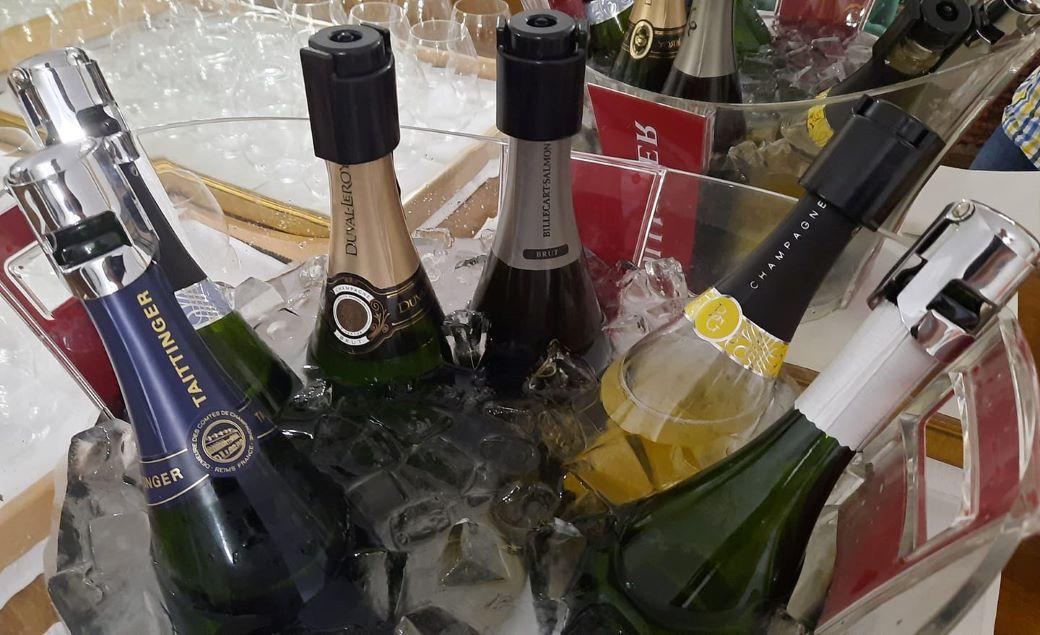 a pezsgő az egyik leginkább ételbarát, sokoldalúan bevethető borstílus