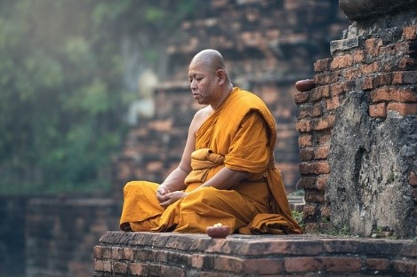 buddhizmus buddhista szerzetes thaiföld férfi