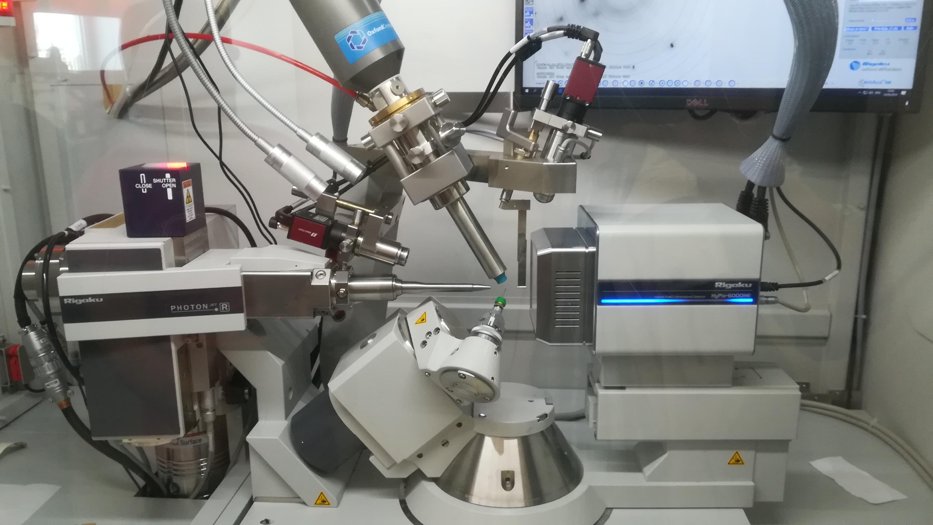 kristálymikroszkóp