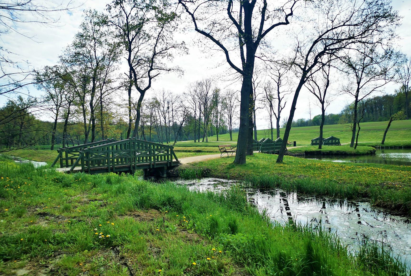 Dég kastély park
